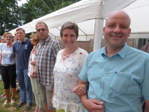 Das Königspaar 2019 Claudia Winkel und Jens-Wilhelm Becks samt Throngefolge